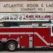 AHLCO: Ladder 8516